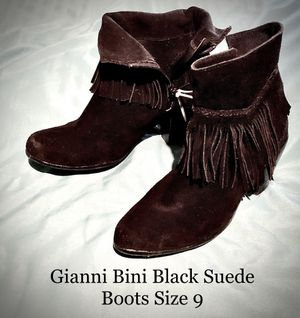 Gianni Bini Black Suede Boots with Fringe for Sale in Garland, TX
