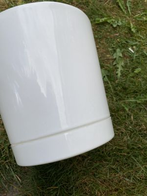 """12"""""""" big plastic pot for Sale in Federal Way, WA"""