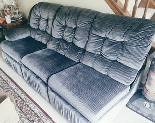 Sectional Sofa - Reclining and Pull Out Bed for Sale in Bartlett,  IL
