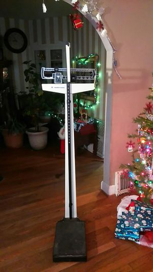Health o meter doctors scale for Sale in St. Louis, MO
