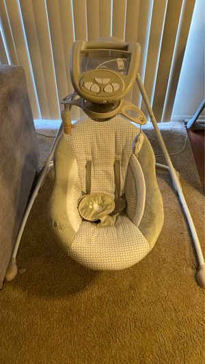 Baby Swing for Sale in Mount Clemens, MI