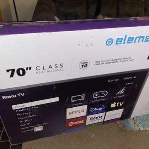 70' Element Roku Smart Tv for Sale in Detroit, MI