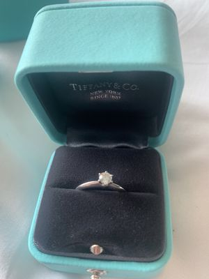Tiffany & co engagement ring!!! for Sale in Addison, TX