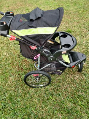 Expedition tripod child's stroller for Sale in Orlando, FL
