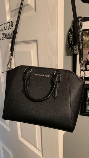 Michael kors purse for Sale in Chino, CA