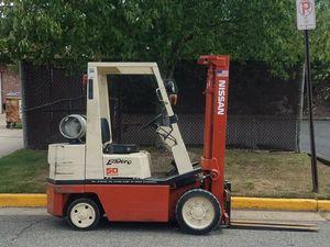 Nissan 5000lb. forklift for Sale in Middlesex, NJ