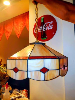 Sparkling Ruby Red and Pearly White & Tan Accent Antique Stained Glass Tiffany Lamp for Sale in Woodbridge, VA