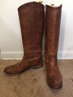 Women leather boots, size 9 for Sale in Naperville, IL