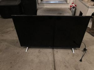 "40"" Roku TCL Smart tv for Sale in Grand Junction, CO"