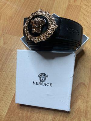 Versace belt for Sale in Los Angeles, CA