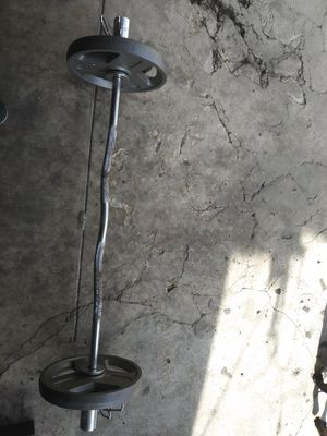 Olympic curl bar w weights for Sale in Los Angeles, CA