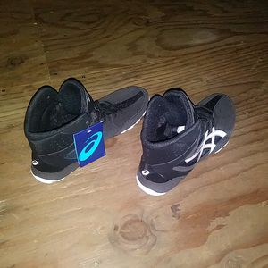 ASICS WRESTLING SHOES for Sale in Long Beach, CA