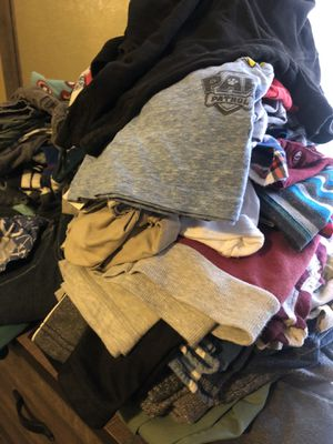 3T clothes for Sale in Fresno, CA