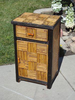 kitchen cabinet for Sale in Modesto, CA