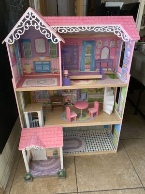 Large Dollhouse for Sale in Fullerton, CA