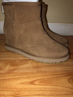 Brand New Ugg Australia Boots Size 8 for Sale in Las Vegas, NV