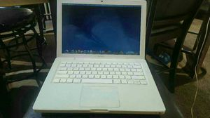 2010 macbook for Sale in Cleveland, OH