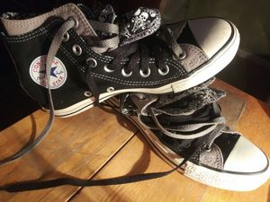 Double layer converse Men's size 4.5/Women's size 6 for Sale in Clayton, NC