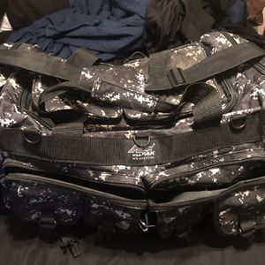 CAMO BLACK / GREY / WHITE DUFFLE BAG MILITARY for Sale in San Antonio, TX