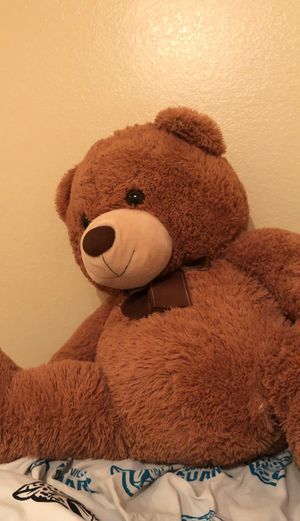 Giant teddy bear brown for Sale in Henderson, NV