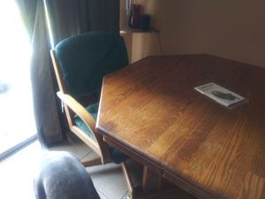 Free Kitchen table set for Sale in Clearwater, FL