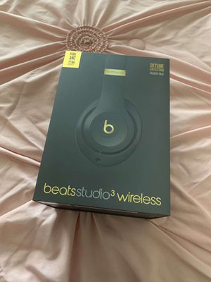 Brand new beats studio wireless headphones for Sale in Sacramento, CA