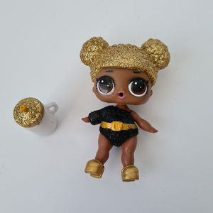 LOL Surprise Doll Glitter Series 1 Queen Bee G-001 Ultra Rare Pre-owned for Sale in St. Petersburg, FL