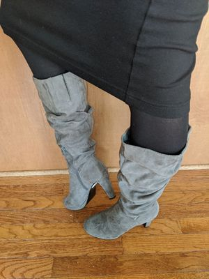 Ladies Nine West heeled gray boots.. Size 8.5 for Sale in Lake Park, NC