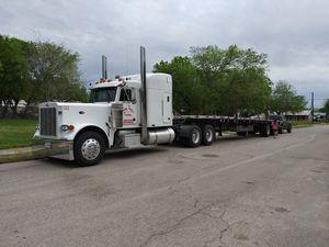 Peterbilt 02 #379ex and 2000 utility flatbed for Sale in San Antonio, TX