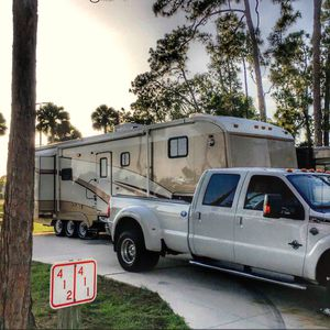 2001 International Royals Fifth Wheel- for Sale in North Fort Myers, FL