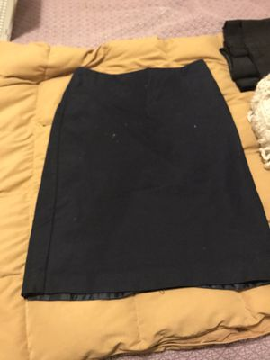 Navy blue pencil skirt, Van Heusen for Sale in Chicago, IL