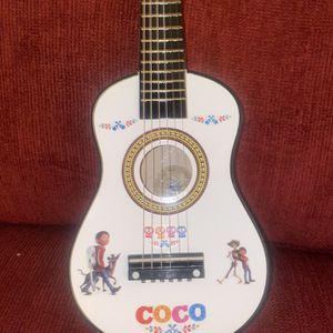 Coco Kids Guitar 🎸 for Sale in Yorba Linda, CA