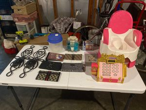 Stuff 3.00 to 10.00 for Sale in Baltimore, MD