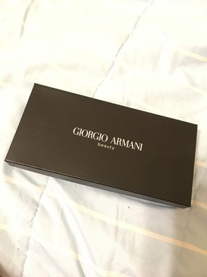 Makeup/makeup brushes bag (Giorgio Armani) for Sale in Ceres, CA