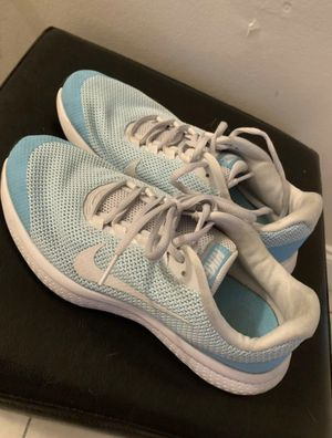 Nike running shoes size 8 for Sale in Miami, FL