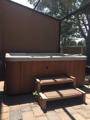 Jacuzzi spa hot tub for Sale in Kissimmee, FL