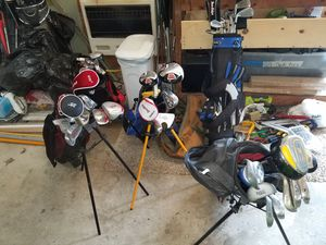 Kids GOLF CLUB SET AND BAG RETAIL PRICE 120+ for Sale in Bolingbrook, IL
