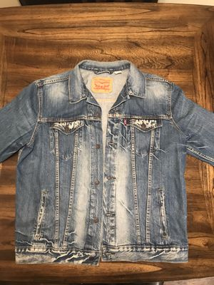 Levi's Denim Jacket for Sale in Lisle, IL