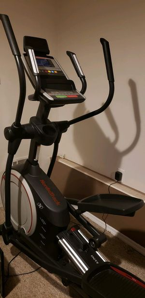 NordicTrack E 70 Elliptical for Sale in Queens, NY