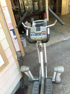 YOWZA FITNESS Elliptical for Sale in Vancouver, WA