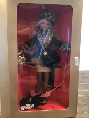 Shopping Chic Special Edition Barbie for Sale in Upland, CA