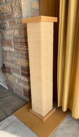 Large cat scratching post for Sale in Richmond, CA