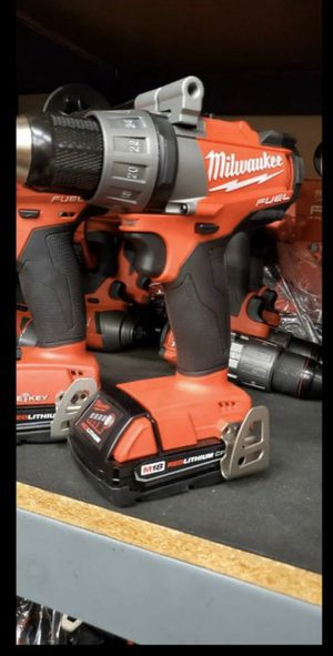 MILWAUKEE M18 FUEL DRILL DRIVER for Sale in San Bernardino, CA
