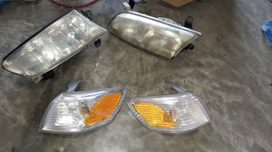TOYOTA CAMRY HEADLIGHTS for Sale in Bel Air, MD