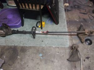 Craftman weed eater for Sale in Fresno, CA