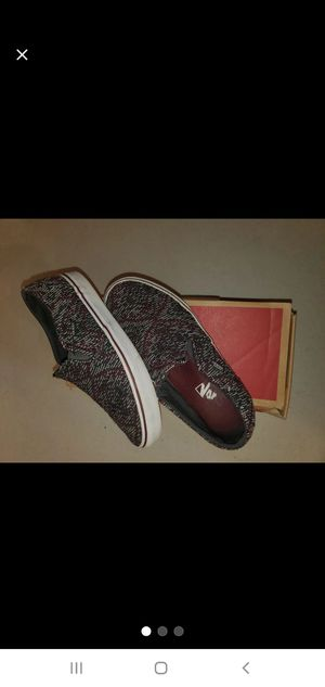 Size 7.5 Black & Burgundy Vans for Sale in Sacramento, CA