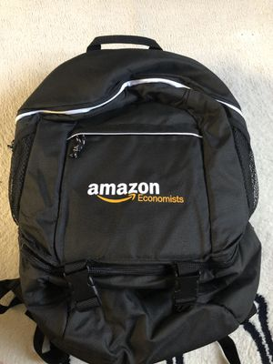 2 for $50 ! $30 each! Black lunch, cooler backpack for Sale in Bellevue, WA