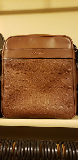 Coach Messenger Bag in Taupe/Caramel for Sale in Castle Rock, CO