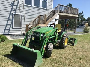 Tractor 🚜 for Sale in Virginia Beach, VA