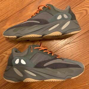 Yeezy 700 Teal Blue Size 10.5 for Sale in Germantown, MD